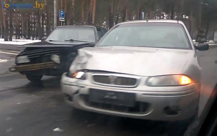 ДТП по ул.Свердлова авто ровер фольксваген авария