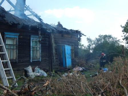 Сгорел дом в Карповичах августа 2017 2