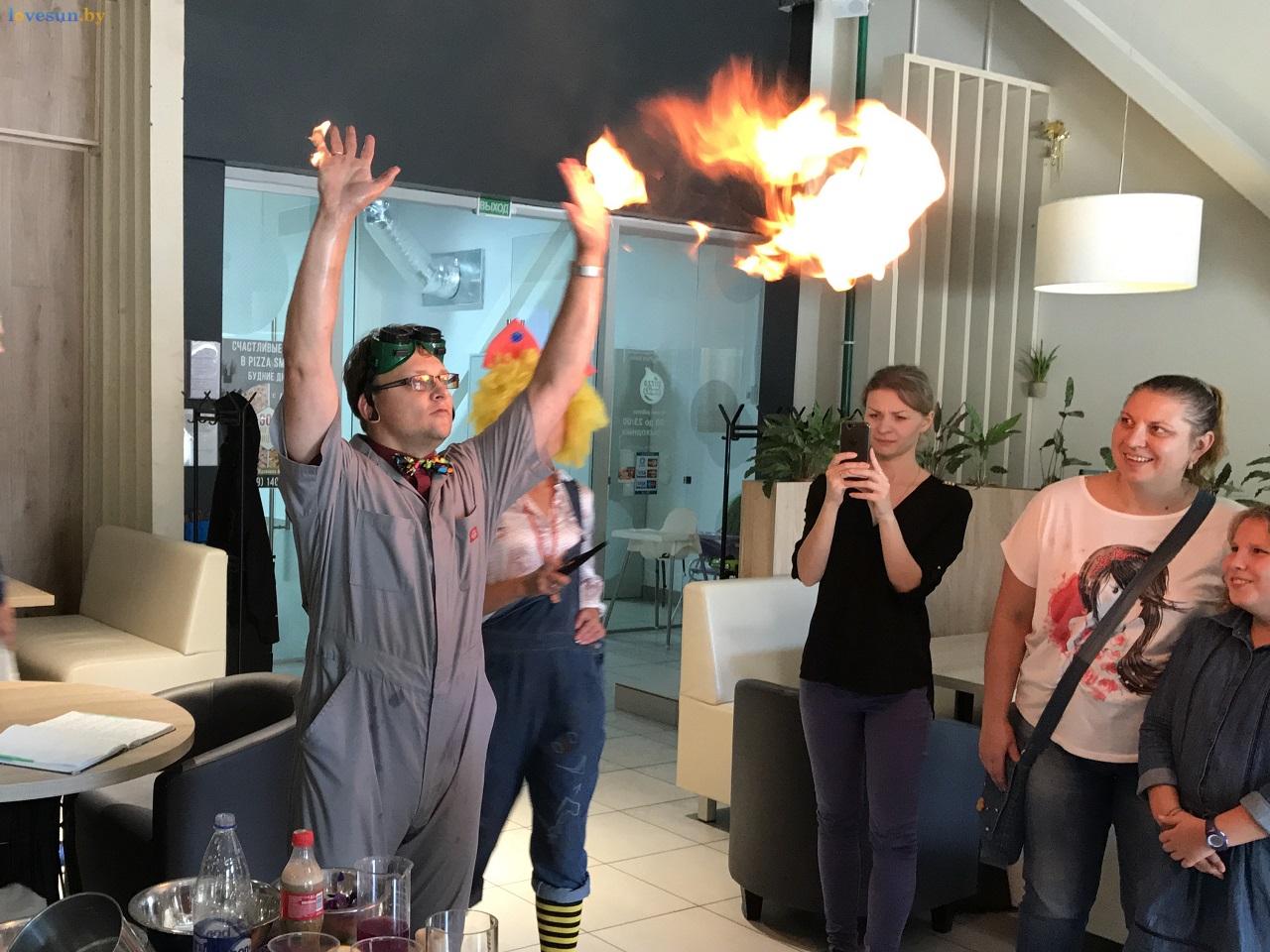 Научное кулинарное шоу в пицца смайл дети огонь