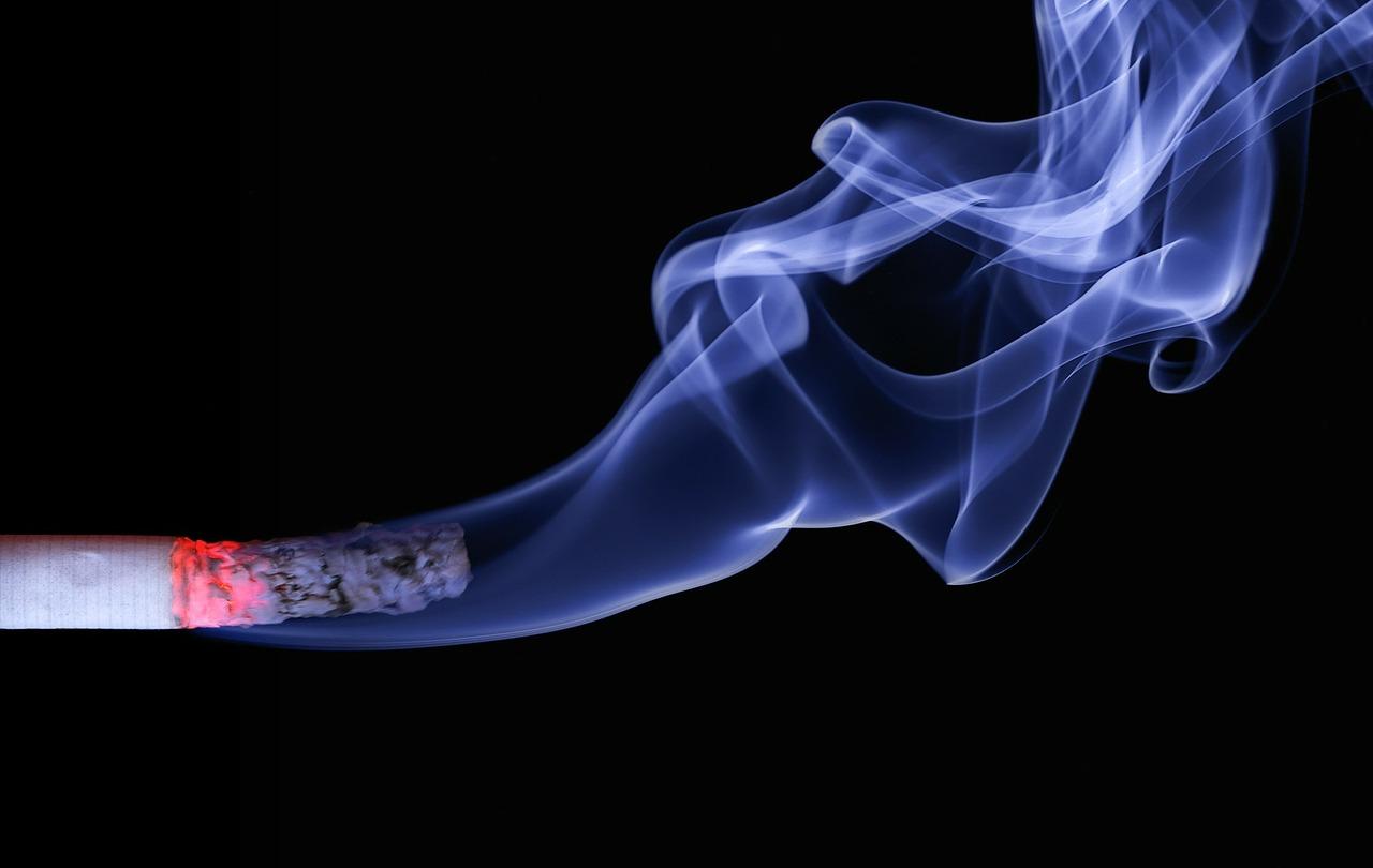 сигареты дым и табак уголь