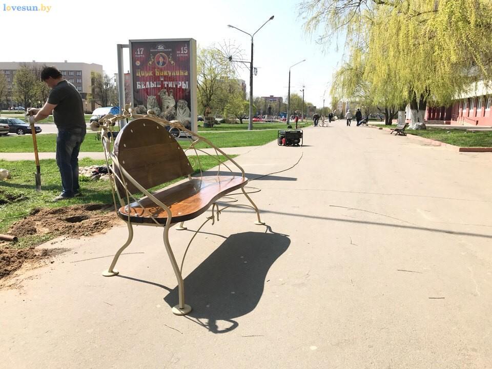 Декоративные скамейки