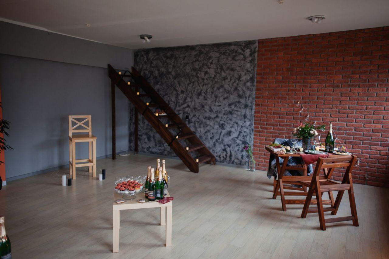 Открытие фотостудии Марсала в Светлогорске. Лестница в потолок