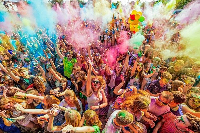 В Светлогорске в один день пройдут сразу два популярных фестиваля - красок и мыльных пузырей*