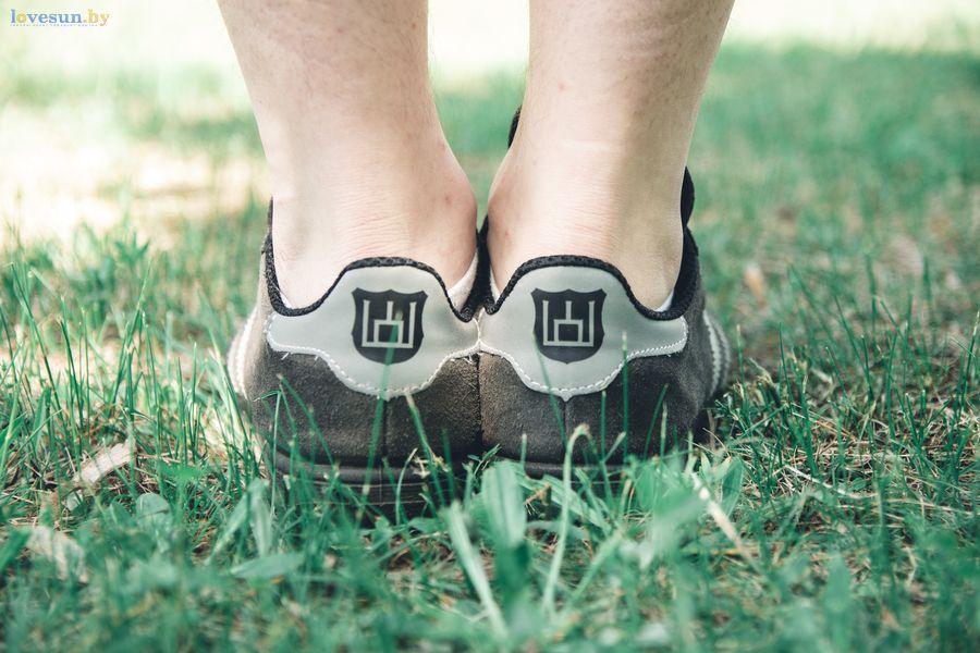 Герб колюмны на лидских кроссовках