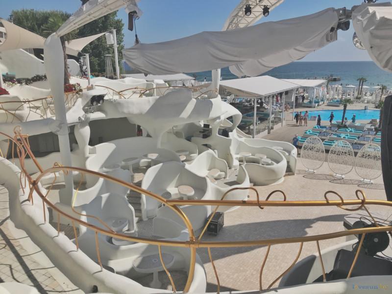 Территория кафе Ibiza
