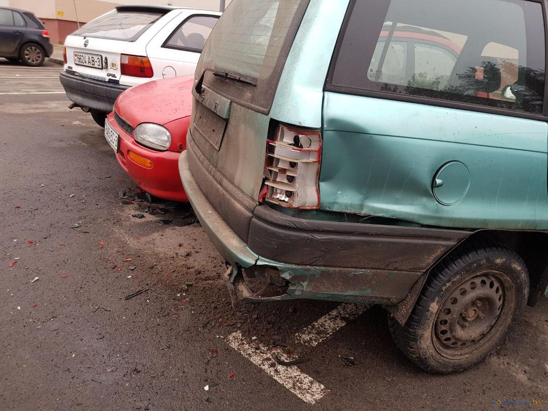 Жесть! Фото постновогоднего ДТП по Стефановского, где раздраконили 6 автомобилей