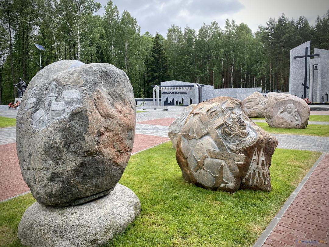 Мемориальный комплекс «Ола» в Светлогорском районе. Фотографии и история создания