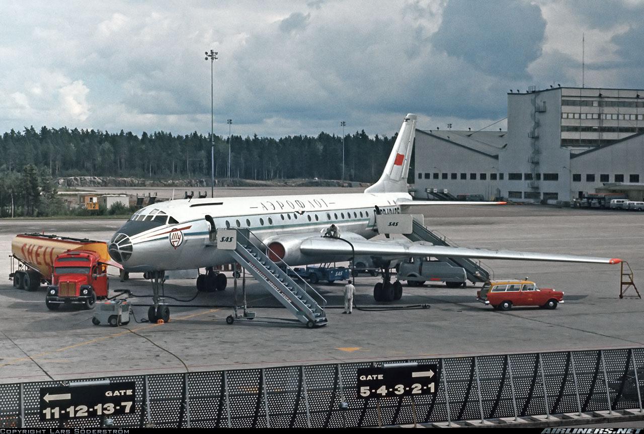 Ту-104 в Швеции